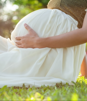 Voyager enceinte: comment rester zen?