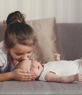 Préparer l'enfant à l'arrivée d'un nouveau bébé